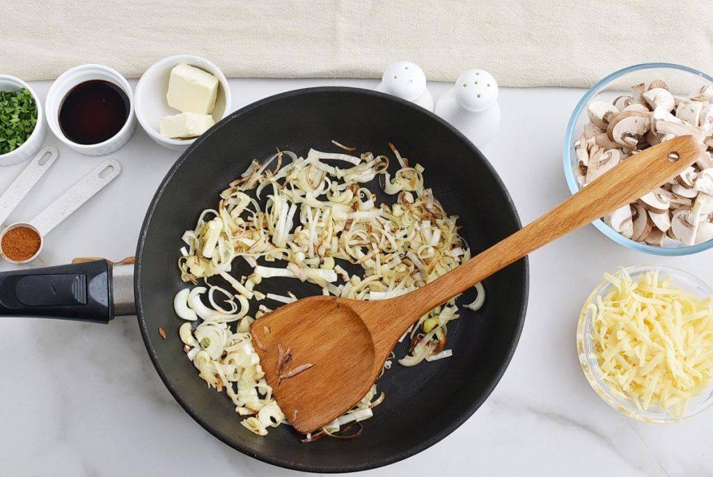 Chicken and Mushroom Crepes recipe - step 9