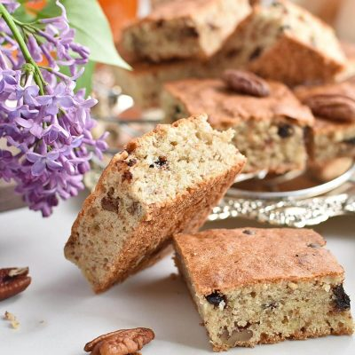 Chocolate Chip Banana Bread Blondies Recipes–Homemade Chocolate Chip Banana Bread Blondies–Easy Chocolate Chip Banana Bread Blondies