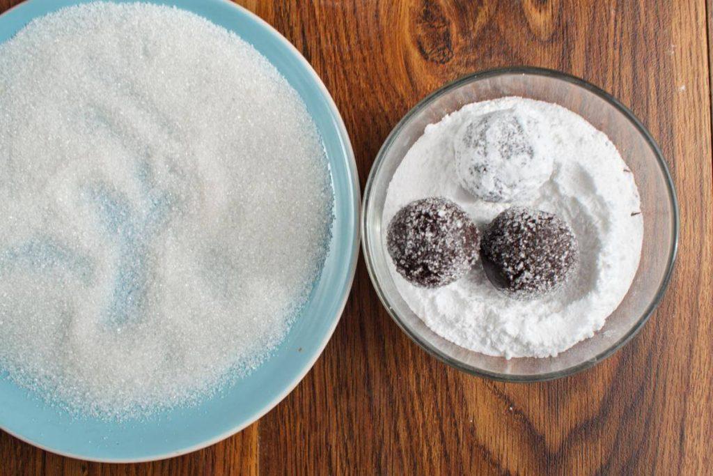 Chocolate Mint Crinkle Cookies recipe - step 10