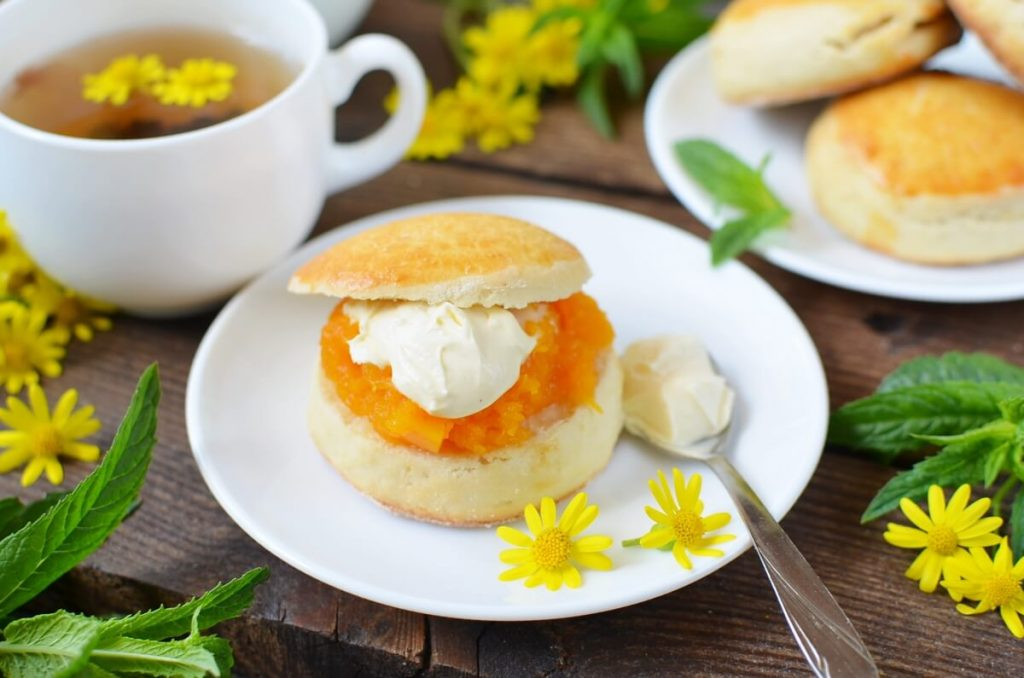 How to serve Classic scones with jam & clotted cream