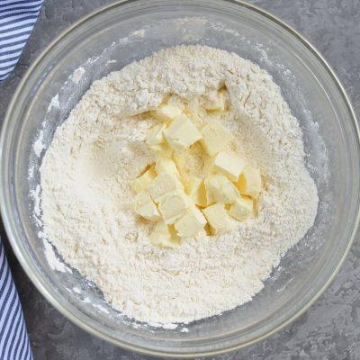 Classic scones with jam & clotted cream recipe - step 3