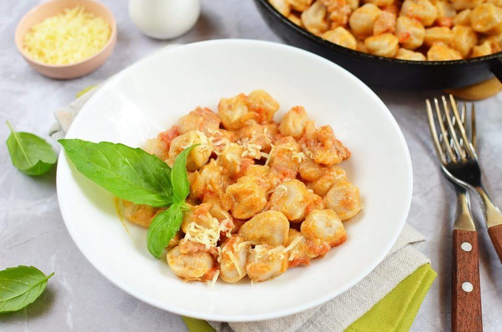 How to serve Easy Tortellini Amatriciana