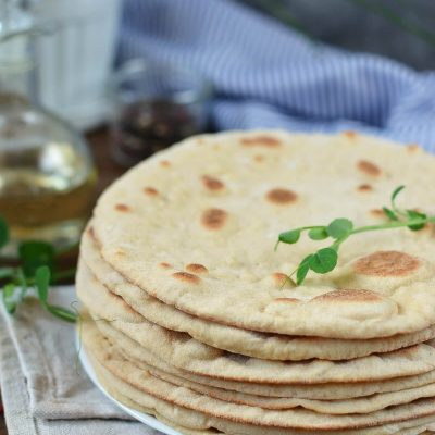 Homemade Pita Bread Recipe-How To Make Homemade Pita Bread-Easy Homemade Pita Bread