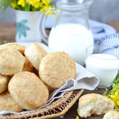 Light & Fluffy Buttermilk Biscuits Recipe-How To Make Light & Fluffy Buttermilk Biscuits-Delicious Light & Fluffy Buttermilk Biscuits