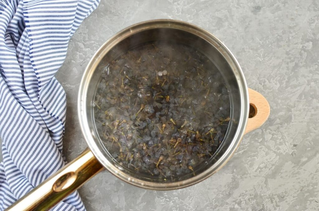 Lilac Syrup recipe - step 3