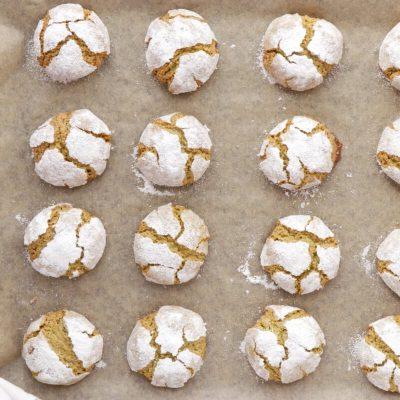 Matcha Amaretti Cookies recipe - step 6