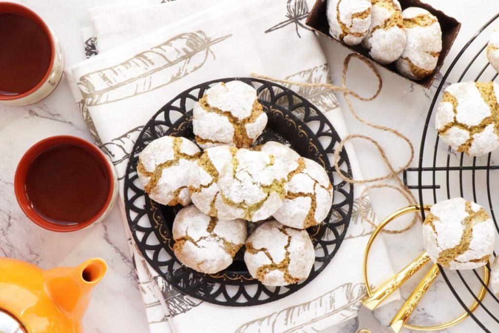 How to serve Matcha Amaretti Cookies