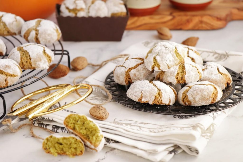 Matcha Amaretti Cookies Recipe-Matcha Cookies with Images-Amaretti Matcha