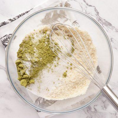 Matcha Amaretti Cookies recipe - step 2