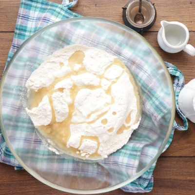Middle Eastern Dumplings Stuffed with Meat recipe - step 2