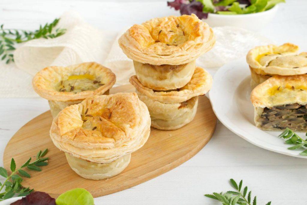 Mini Creamy Mushroom Pies recipe - step 8