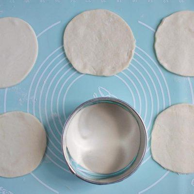 Mini Creamy Mushroom Pies recipe - step 4