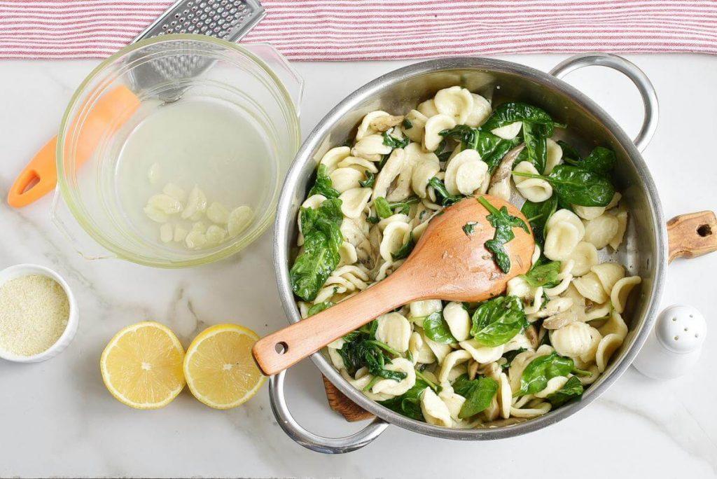 Oyster Mushroom and Spinach Orecchiette recipe - step 5