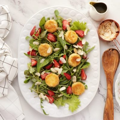 Purslane and Pickled Strawberry Salad recipe - step 6