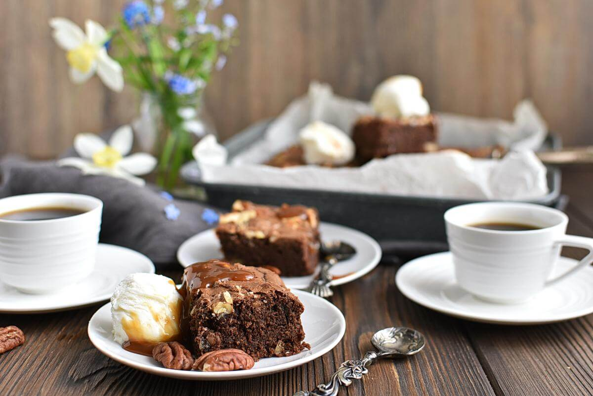 Salted chocolate & hazelnut brownies Recipes–Homemade Salted chocolate & hazelnut brownies-Delicious Salted chocolate & hazelnut brownies