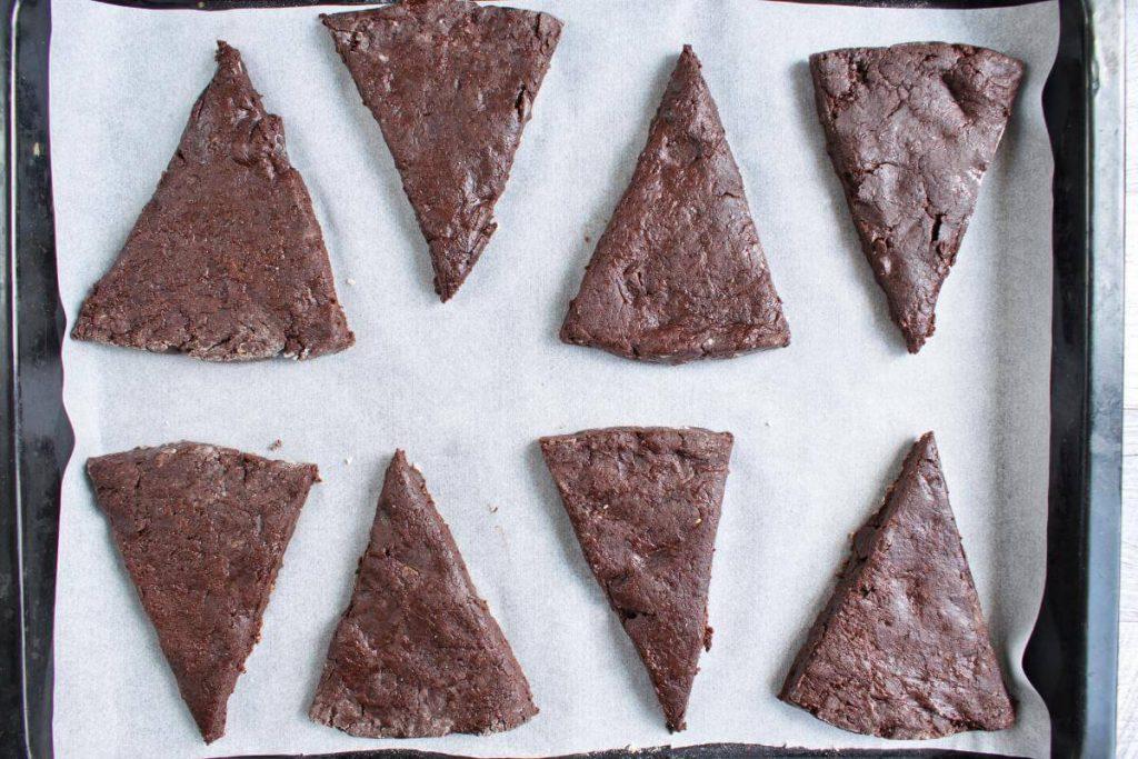 Triple Chocolate Scones Supreme recipe - step 7