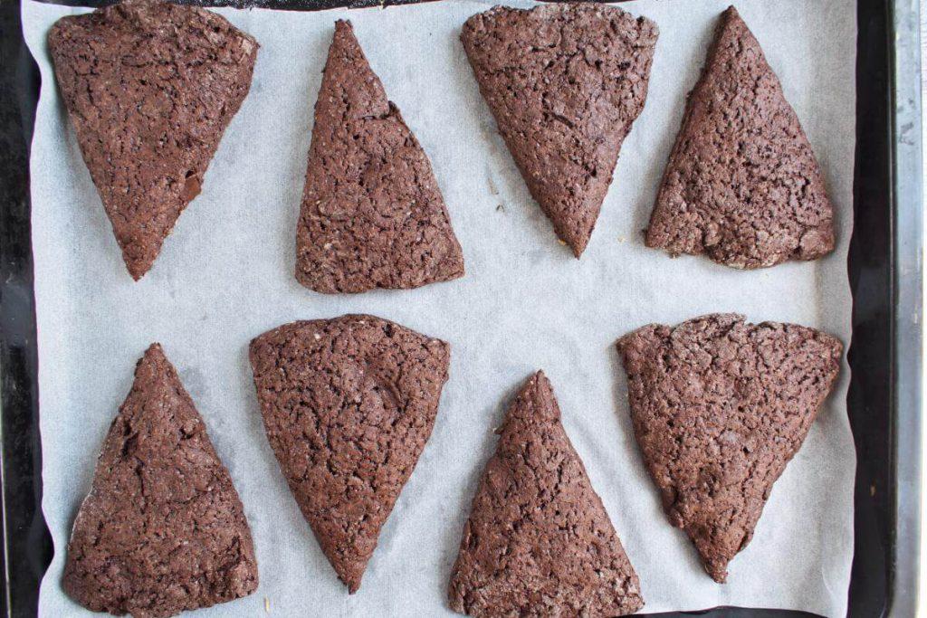 Triple Chocolate Scones Supreme recipe - step 9