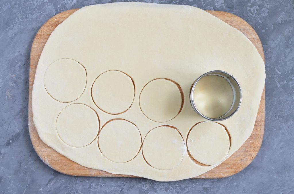 Vareniki with Farmers Cheese recipe - step 4