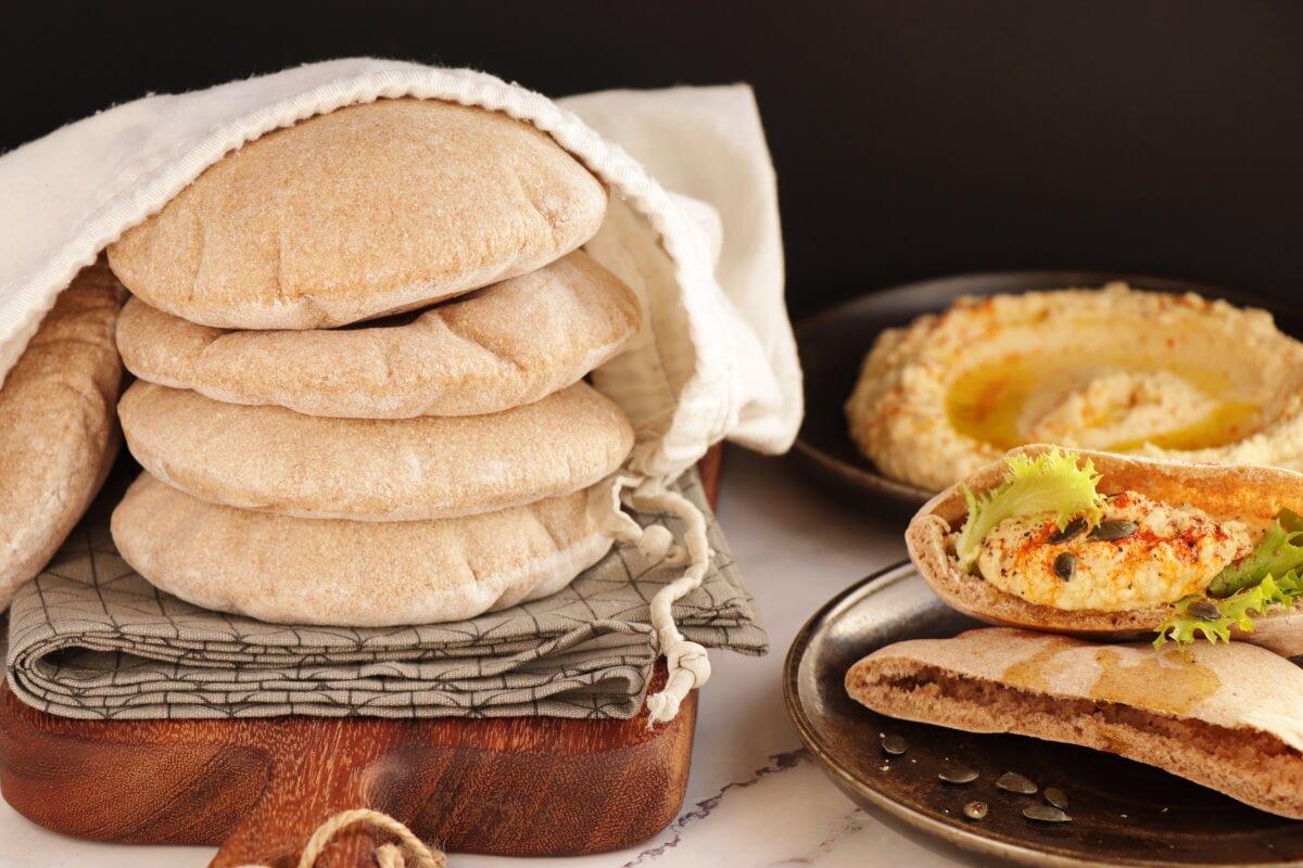 Whole Wheat Pita Bread Recipe-Homemade Whole Wheat Pita Bread-Whole Wheat Pita
