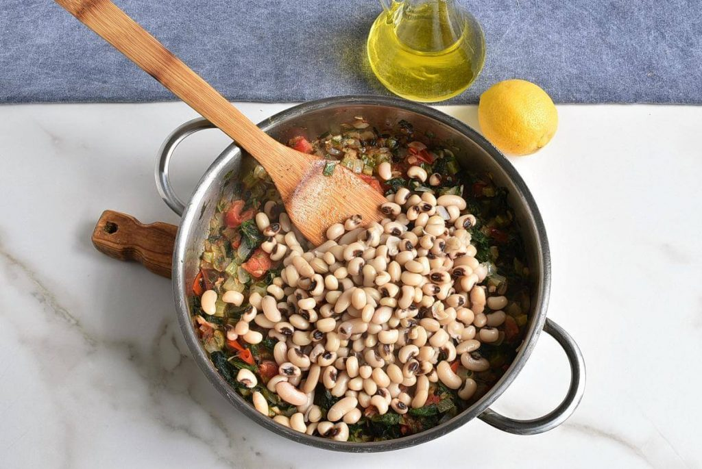 Black-Eyed Peas with Greens recipe - step 6