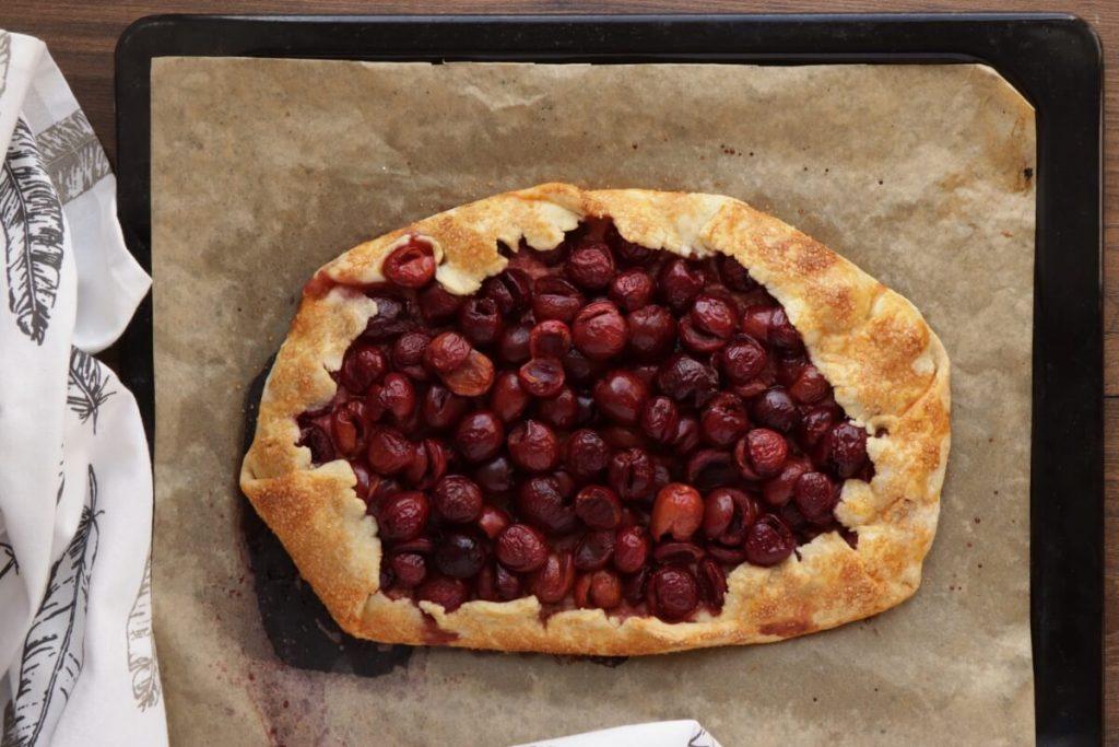 Cherry Vanilla Ricotta Crostata recipe - step 9