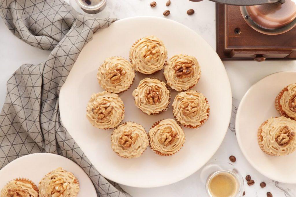 How to serve Coffee Cream & Walnut Cupcakes