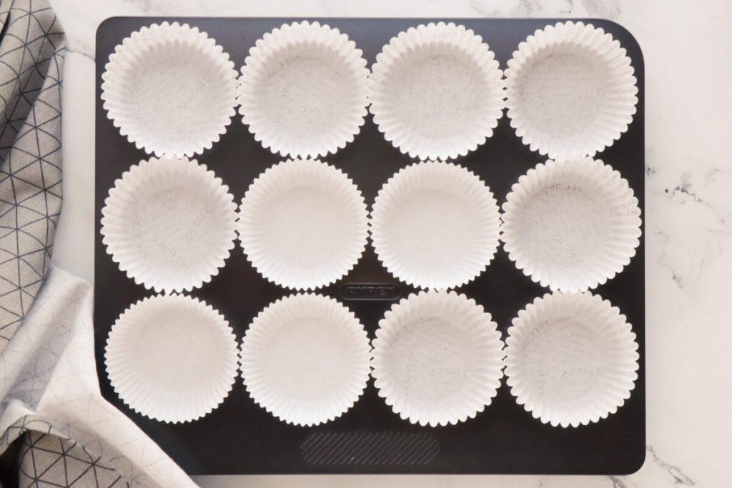 Coffee Cream & Walnut Cupcakes recipe - step 1