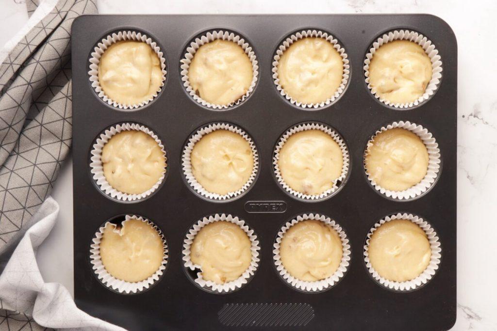 Coffee Cream & Walnut Cupcakes recipe - step 4