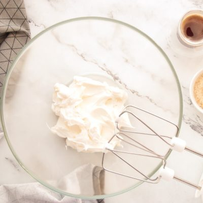 Coffee Cream & Walnut Cupcakes recipe - step 7
