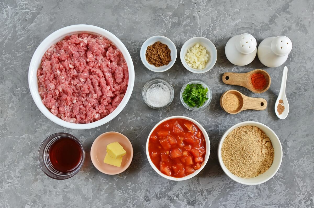Ingridiens for Cumin Spiced Meatballs in Rich Tomato Sauce