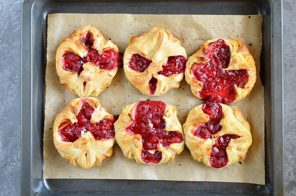 Easy Cherry Turnovers with Puff Pastry recipe - step 7