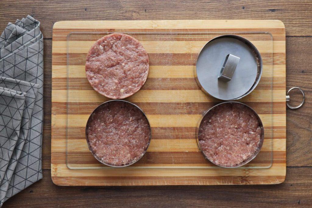 Pork & Apple Burgers recipe - step 1
