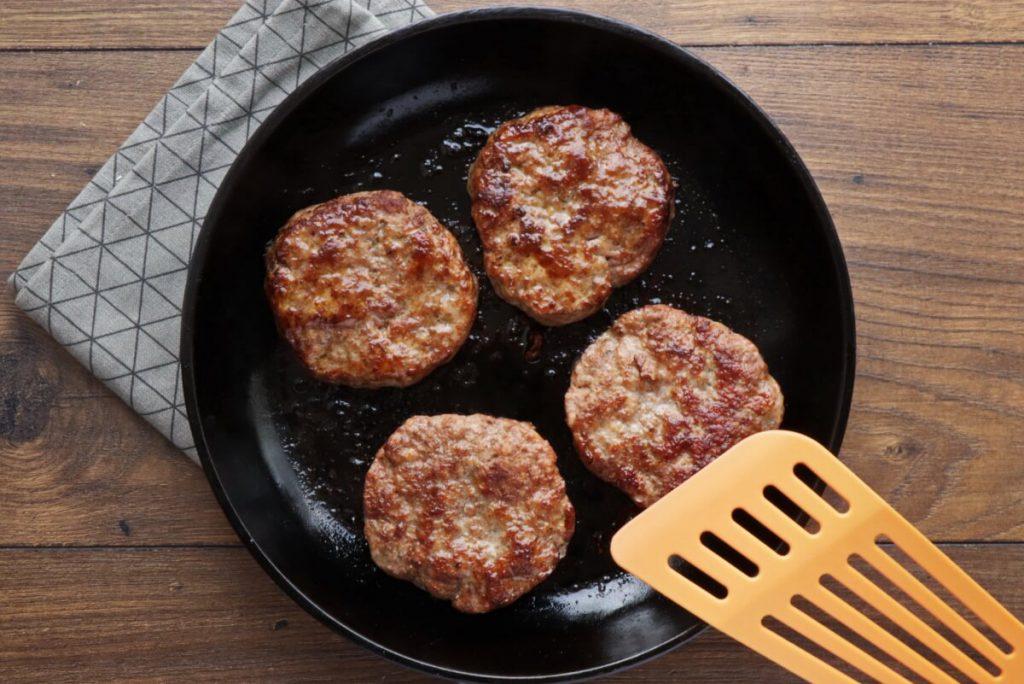 Pork & Apple Burgers recipe - step 2