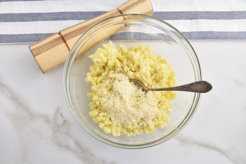 Potato Cheese Balls recipe - step 6