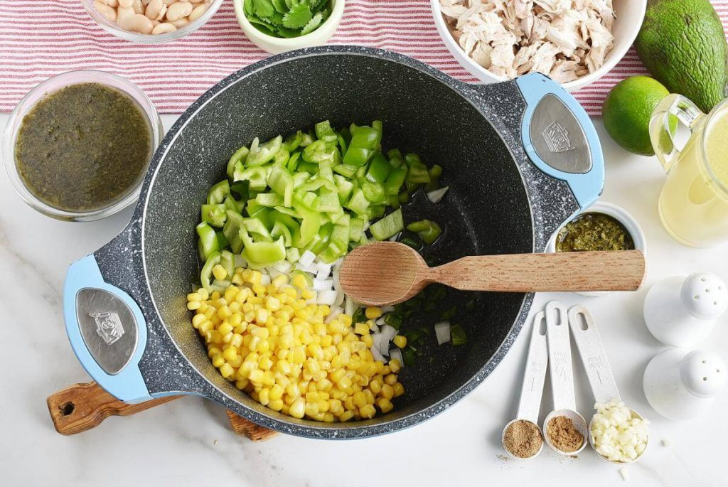 Quick and Easy Green Chicken Chili recipe - step 1