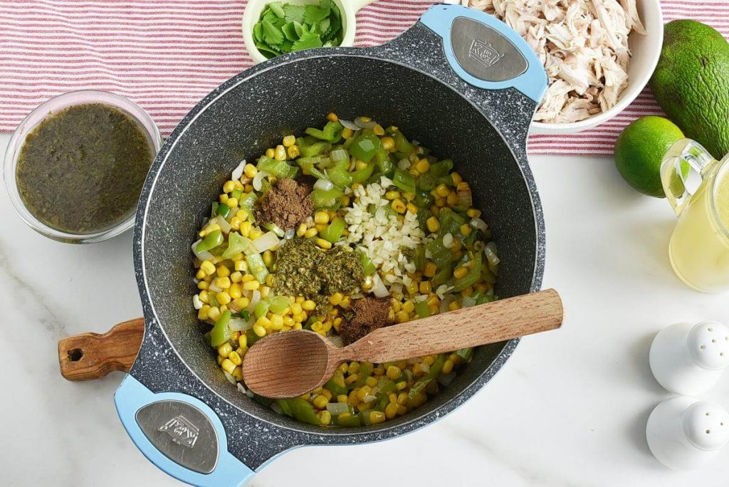 Quick and Easy Green Chicken Chili recipe - step 2