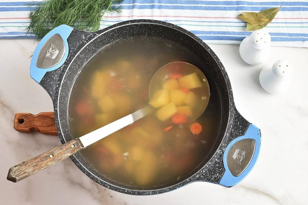 Rassolnik (Beef, Barley and Pickle Soup) recipe - step 2