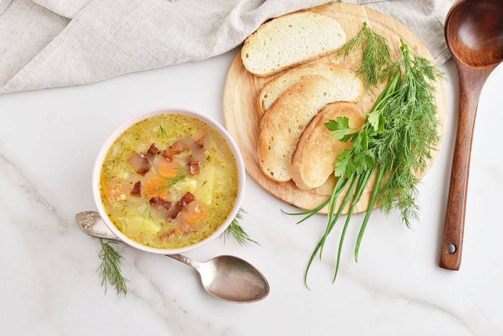 How to serve Sauerkraut Soup (Kapustnyak)
