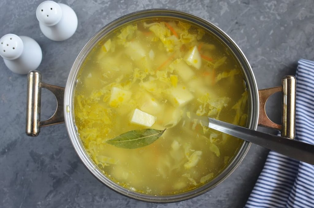 Shchi (Traditional Russian Cabbage Soup) recipe - step 4