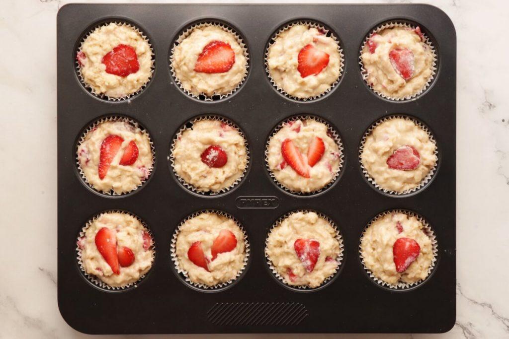Strawberry Oatmeal Muffins recipe - step 7