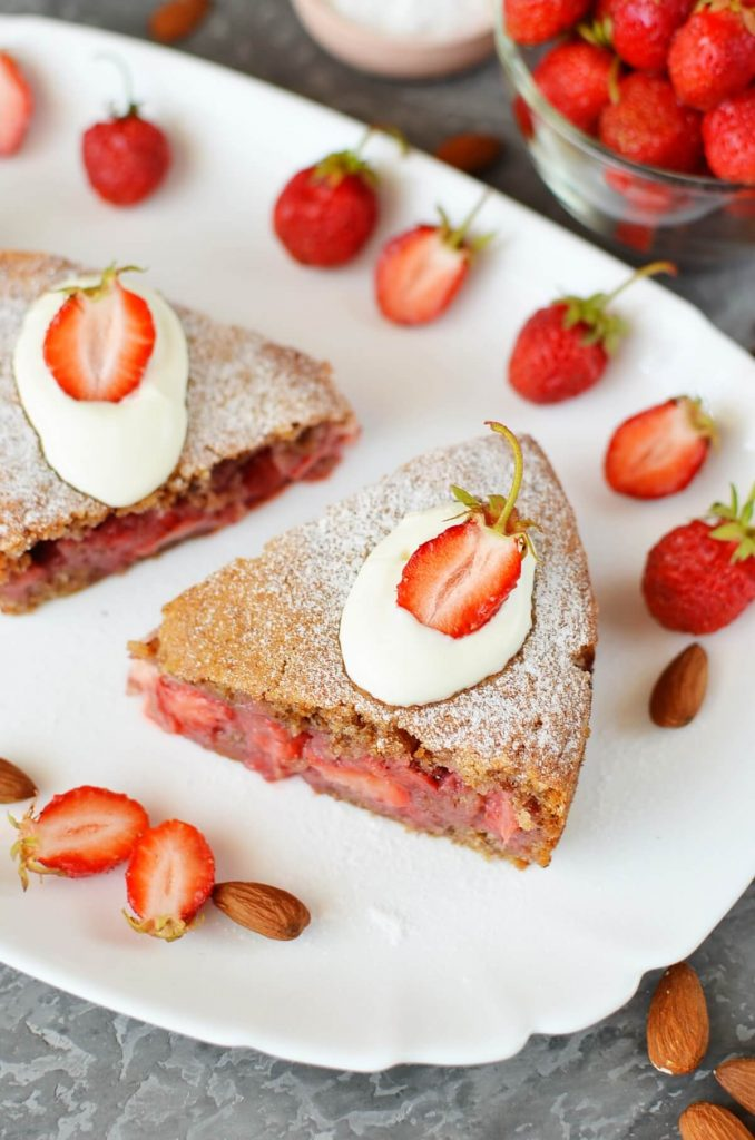 Delicious strawberry torte