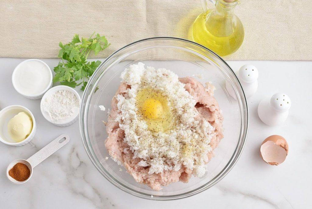 Russian Meatballs – Tefteli recipe - step 1