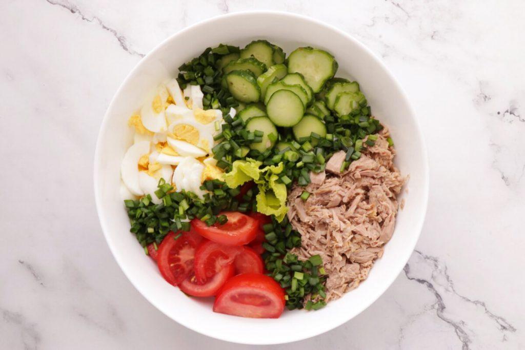 Healthy Tuna Cobb Salad recipe - step 1