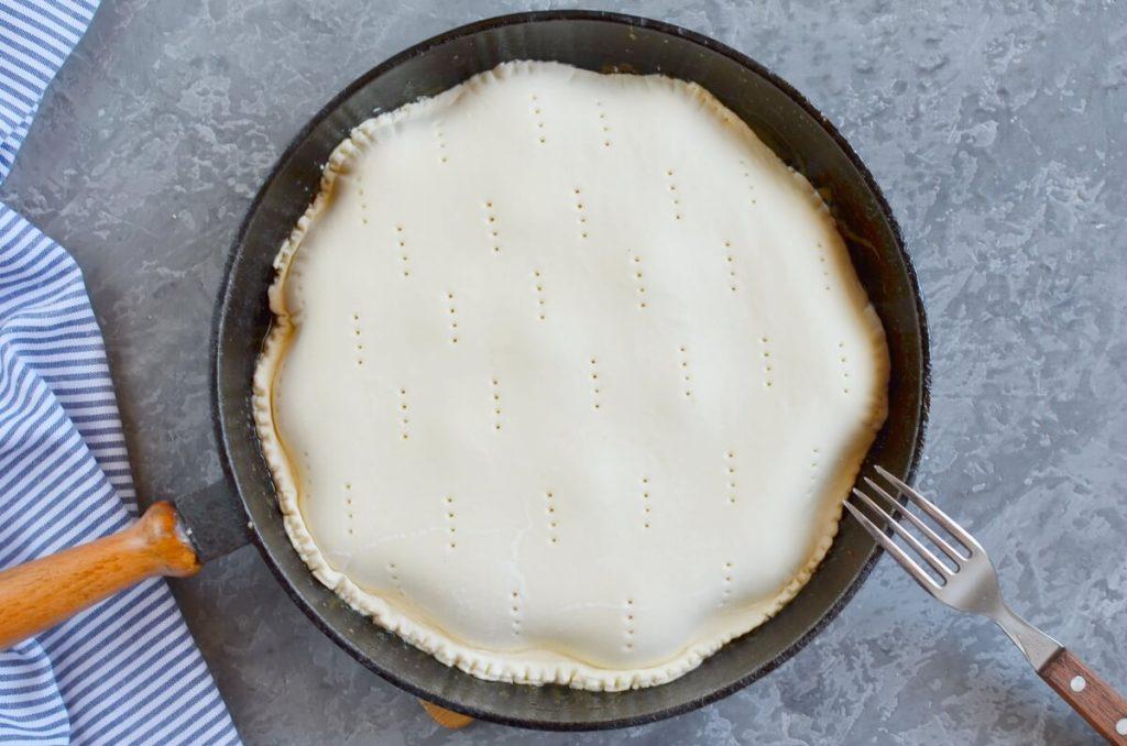Apricot Tarte Tatin recipe - step 5