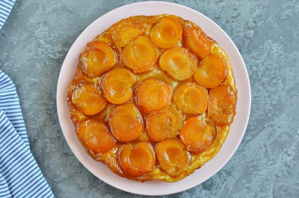 Apricot Tarte Tatin recipe - step 8