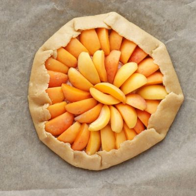 Apricot-Thyme Galette recipe - step 9