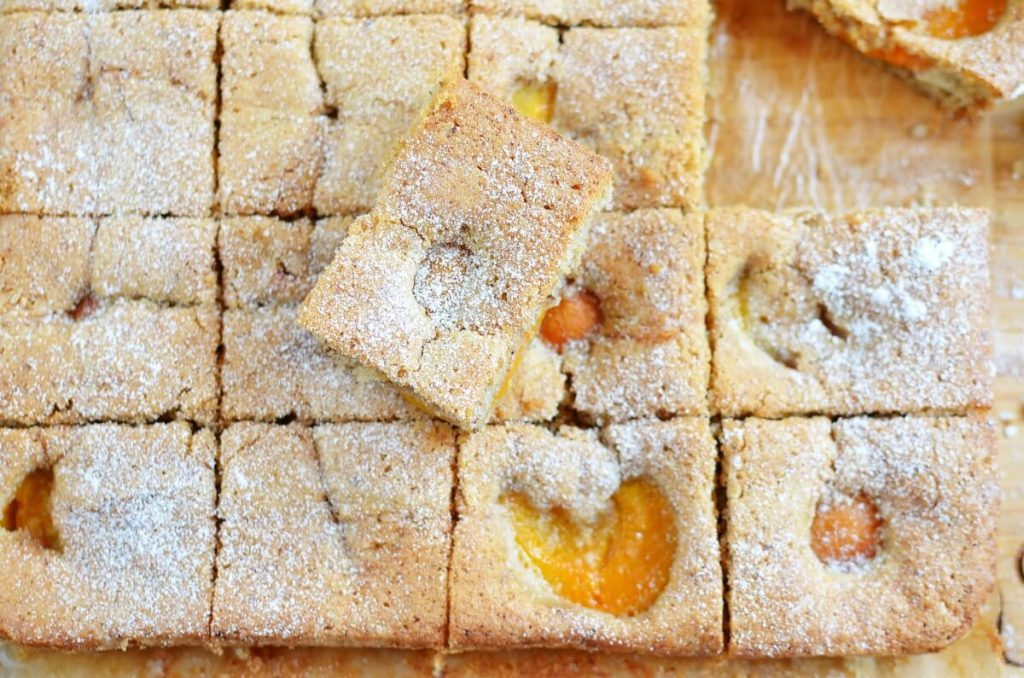 How to serve Apricot and Almond Traybake
