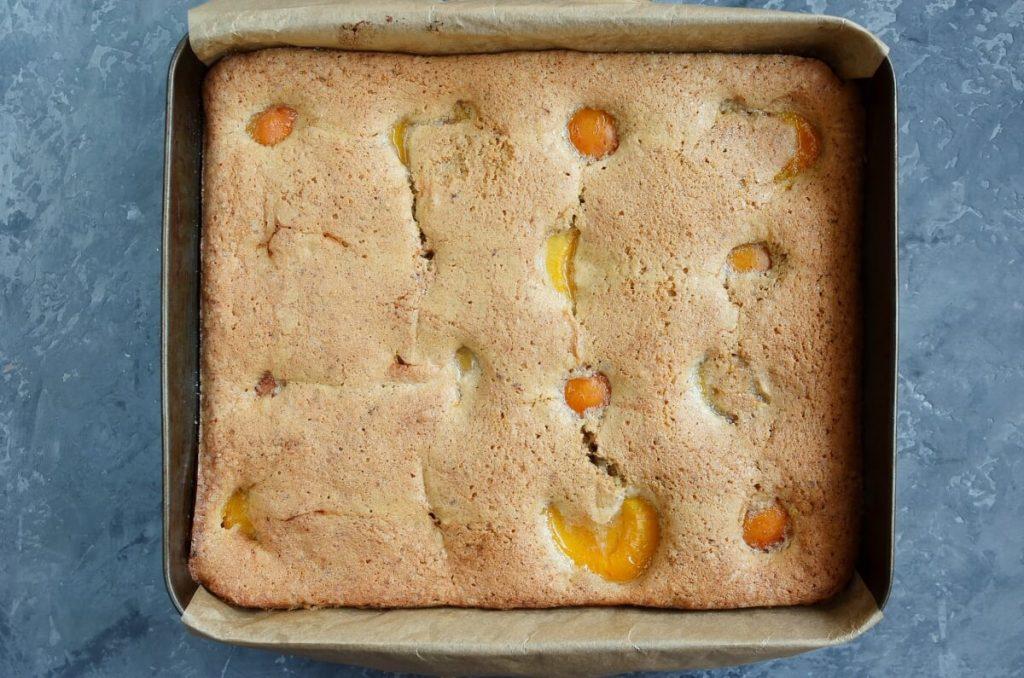 Apricot and Almond Traybake recipe - step 7