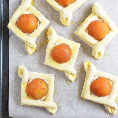 Apricot and Cream Cheese Pastry recipe - step 5