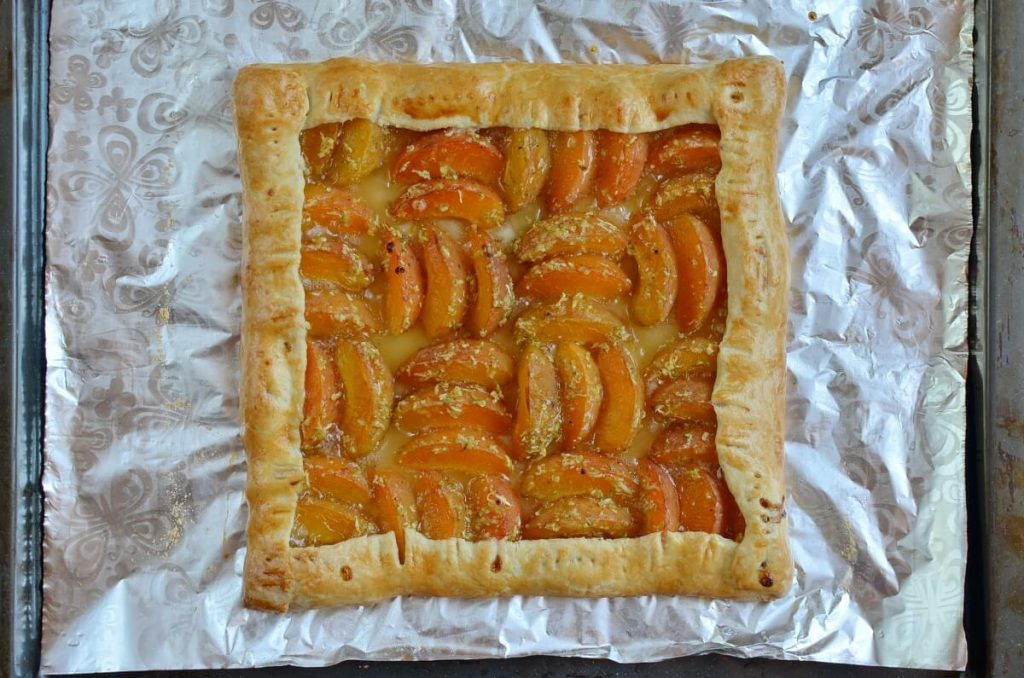 Apricot and Lime Galette recipe - step 9